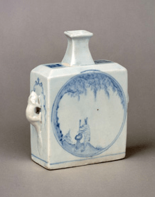 Porcelain Korean Choson dynasty flask